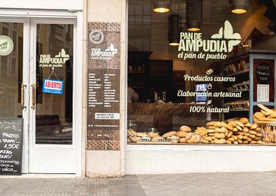 Diseño de interiores - Despacho Calle San Ignacio (Panadería Gómez Ampudia) - 1