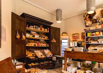 Diseño de interiores – Despacho Calle San Ignacio (Panadería Gómez Ampudia)